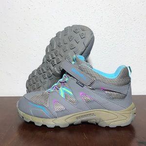 Girls Merrell shoes sz 5